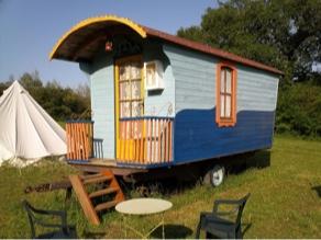 roulotte-la-constellation-de-mila-au-camping-des-cabanes